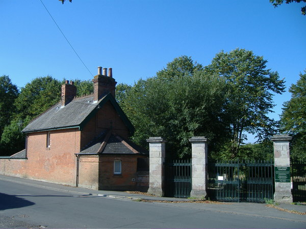 Cemetery Lodge